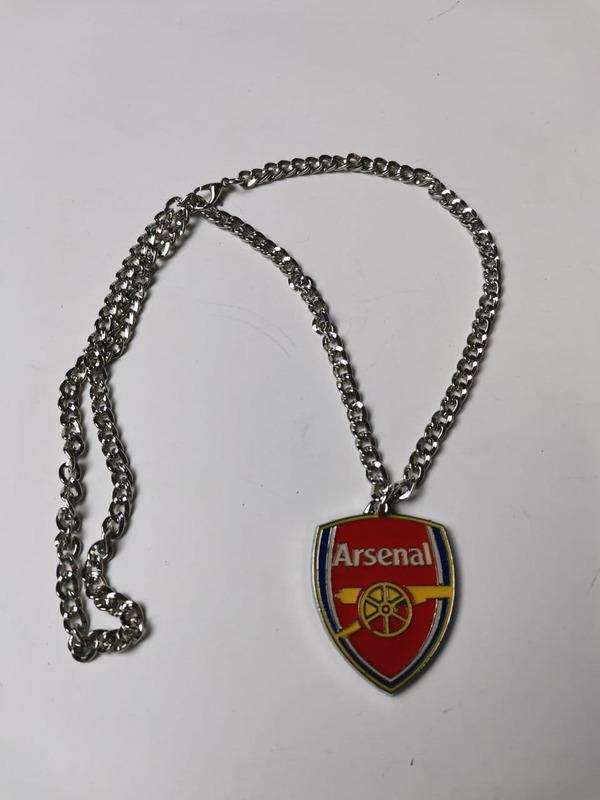Цепочка с кулоном Арсенал