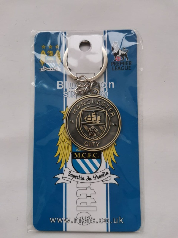 Металлический брелок с эмблемой Ман Сити